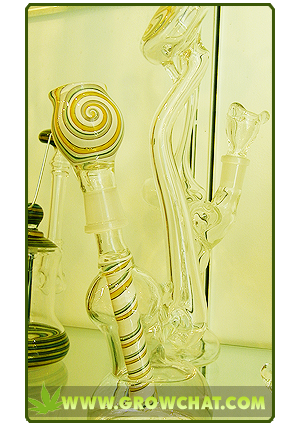 Use Glass Bongs For A Smoother Way Of Smoking Marijuana Buds